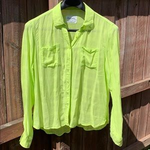 Aeropostale Women's XL Lime Green Blouse